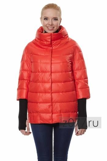 женская куртка цвет коралловый