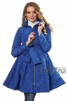 Синяя куртка на весну